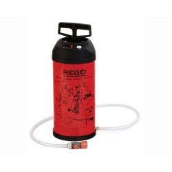 Pompa de presiune Ridgid pentru sistemele de carotat